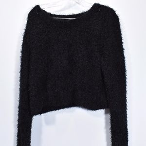 Women's Mossimo Cropped Fuzzy Sweater L (F66)